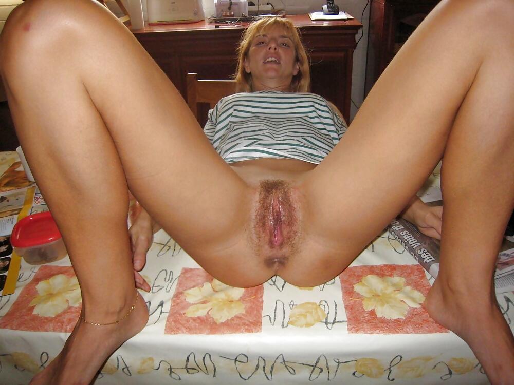 жены с голой пиздой домашнее фото
