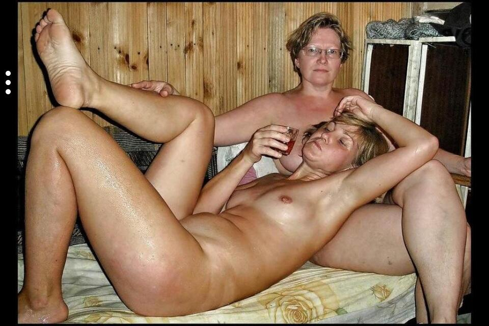 mom and daughter naked
